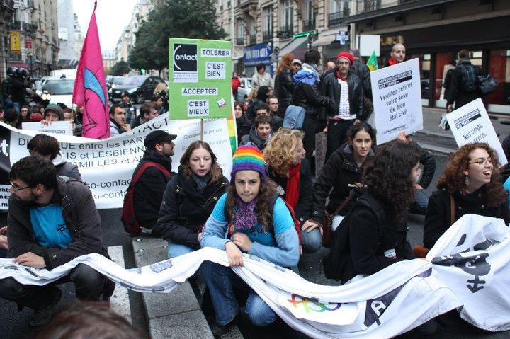 HomoSFèRe était présente avec le collectif Homoboulot à l'Exist'Trans le 23 octobre 2010